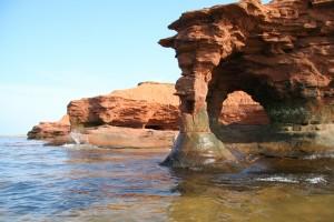 Prince_edward_island_sandstone_arch